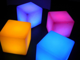 CUBES WITH REMOTE AND MUSIC DETECTION LED25 4CUBE